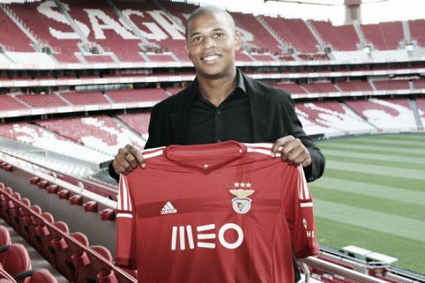 Reforços do Benfica: de contratados a dispensados num estalar de dedos