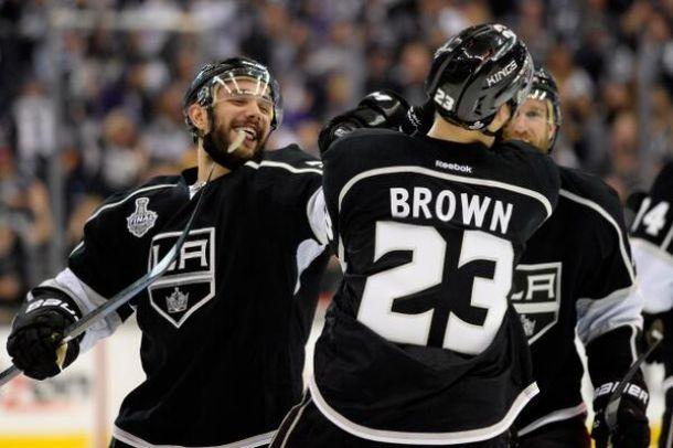 Kings amplia a vantagem na final da Stanley Cup e está a duas vitórias de levantar a taça