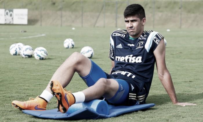 Inter age rápido após liberar Réver ao Flamengo e acerta contratação de Leandro Almeida