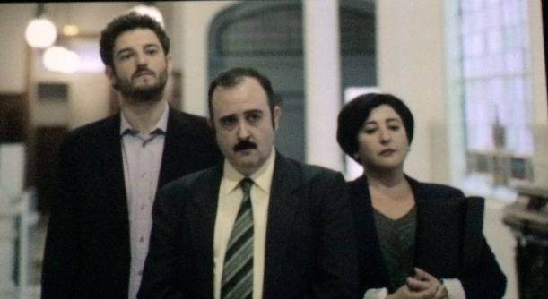 'Aupa Josu': la política hecha comedia