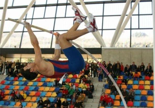 Didac Salas vence en Zagreb con 5,20 metros