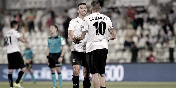 Calciomercato: il Crotone a caccia di un attaccante, chiesto La Mantia alla Pro Vercelli