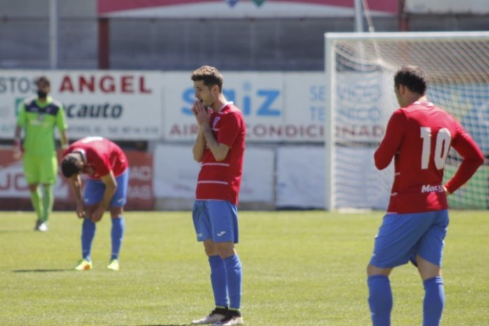 La Roda CF - Córdoba B: A la desesperada