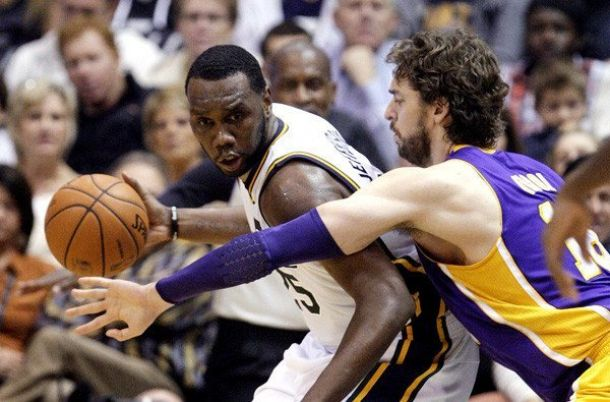 Al Jefferson schiaccia i Lakers, Curry si imbuca nella festa di Sloan
