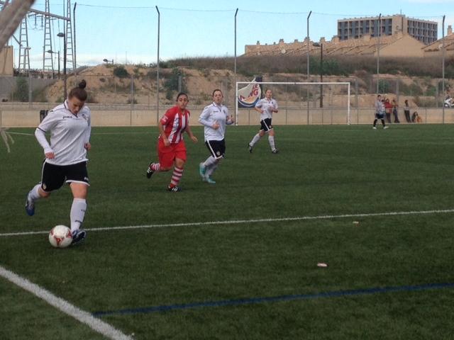 Raquel Pinel da los 3 puntos al Valencia ante el Llanos Olivenza