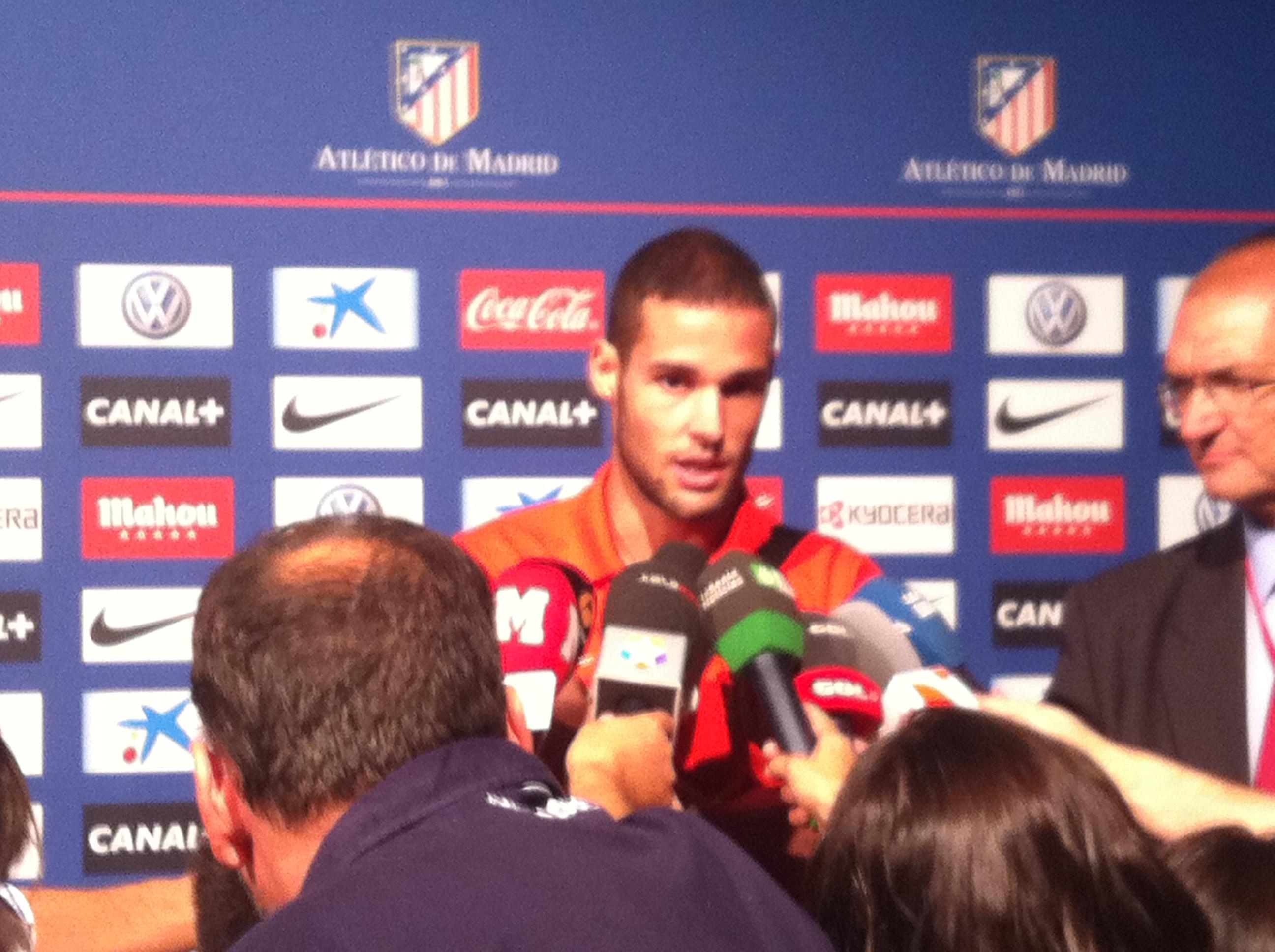 """Mario Suárez: """"Lo positivo es que hemos ganado; lástima esos tres goles"""""""