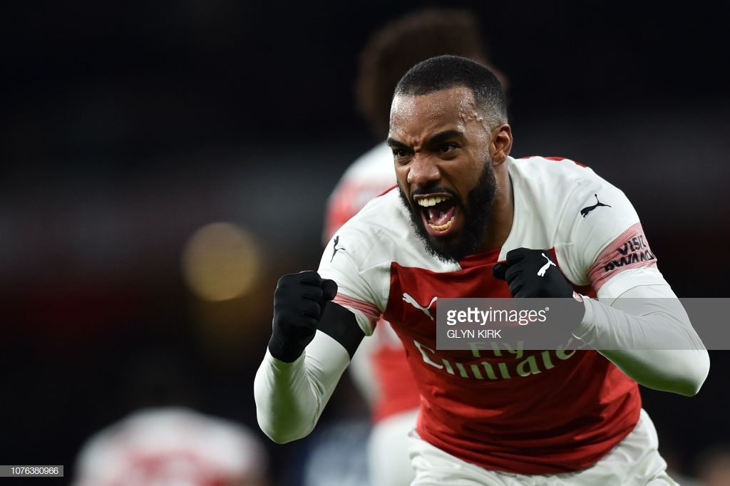Robert Pires sends message to Unai Emery over Alexandre Lacazette