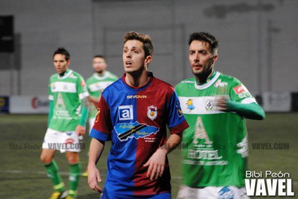 Yacine permite soñar al Compostela