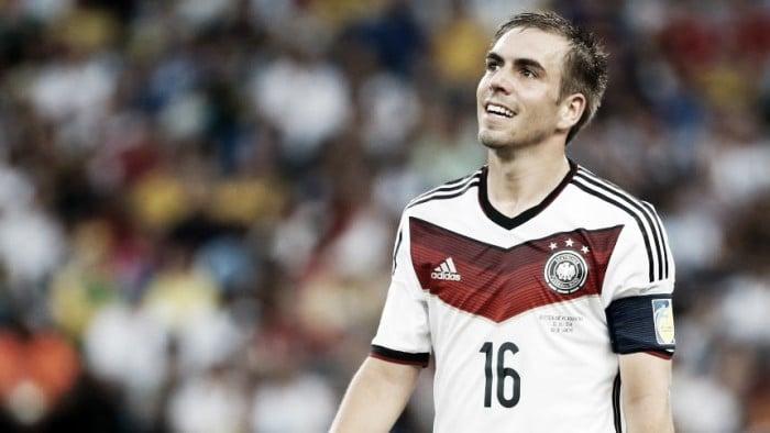 Bayern de Munique goleia e garante o hexa do Campeonato Alemão