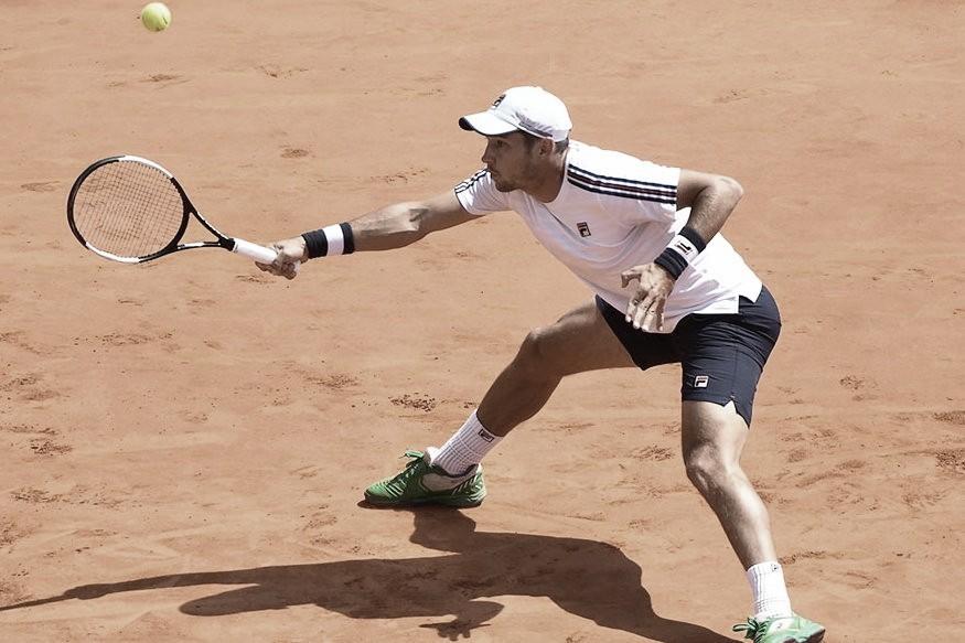Lajovic vence Thiago Monteiro e elimina brasileiro na primeira rodada de Roland Garros
