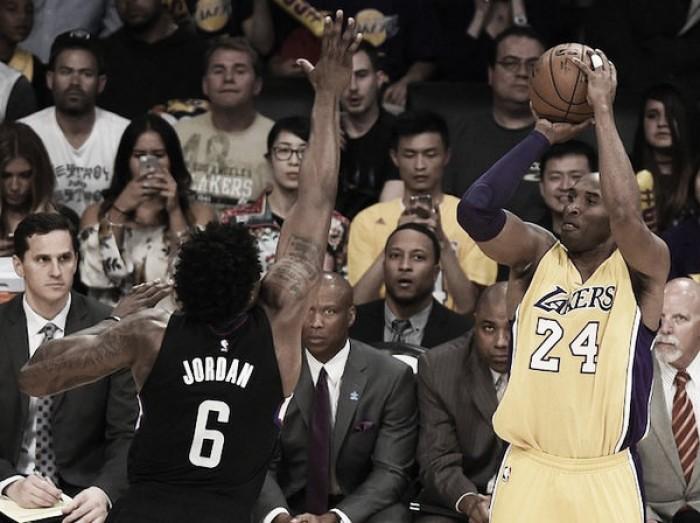 Entre ovación y derrota, los Clippers despiden a Kobe