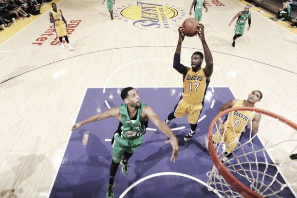NBA preseason, colpo Magic contro Houston. Comode vittorie per Wizards e Lakers