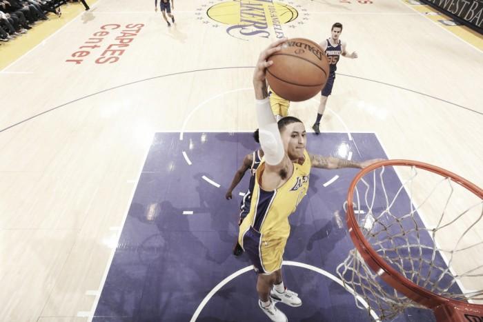 Lakers llegan a tercer triunfo en fila