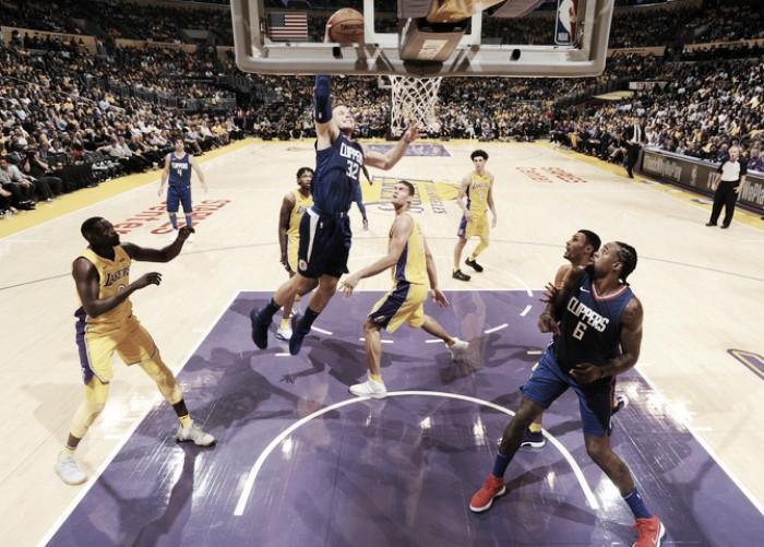 Los Clippers arruinan el debut de Ball