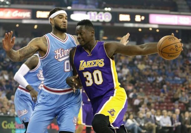 Sacramento Kings Dominate The Paint En Route To Blowout Victory Over Los Angeles Lakers