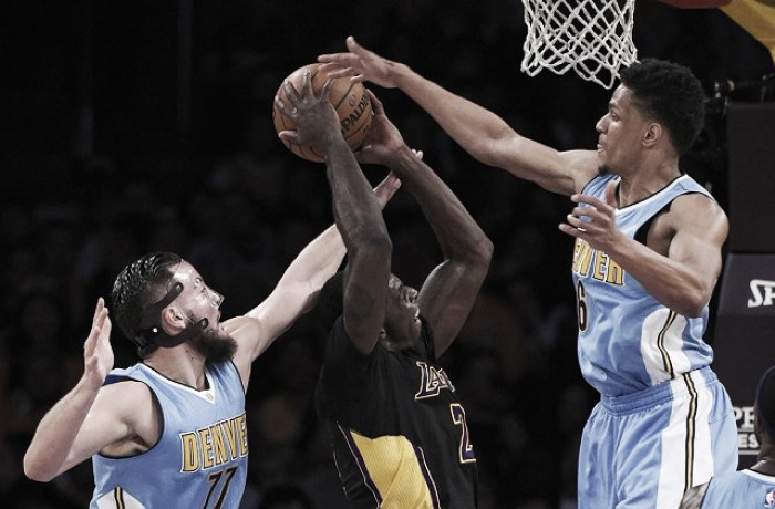 NBA: Denver espugna lo Staples, Belinelli a secco ma vincono i Kings