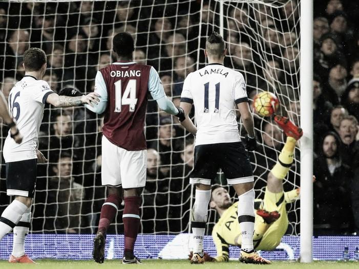 El Tottenham de Lamela perdió una chance de oro