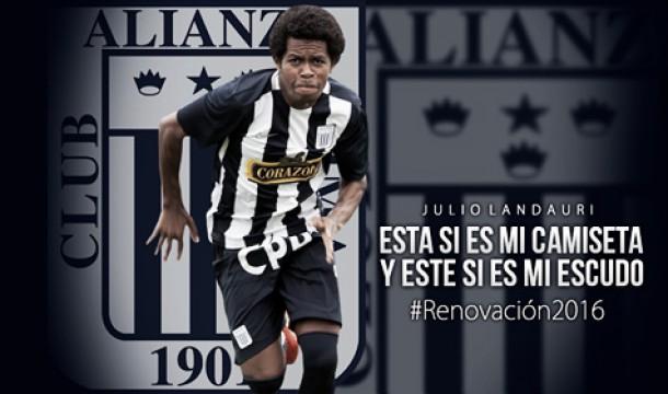 Julio Landauri renovó con Alianza Lima