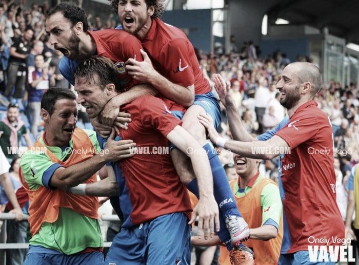 Fotos e imágenes del Langreo 2-2 Haro Deportivo, ascenso a Segunda B