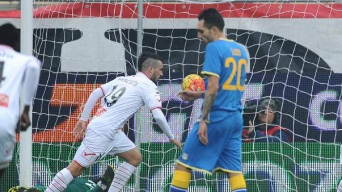Serie A, Carpi batte Udinese 2-1 e si rilancia in zona salvezza