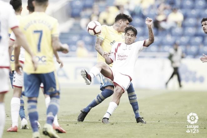 La UD Las Palmas deja tocado y prácticamente hundido al Rayo Majadahonda