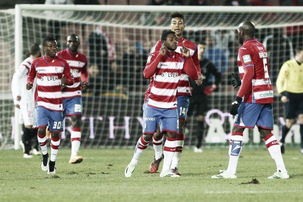 El Granada CF se hace con un buen delantero español del fútbol inglés