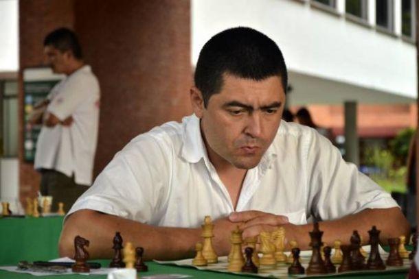 Álder Escobar está haciendo historia en el ajedrez colombiano