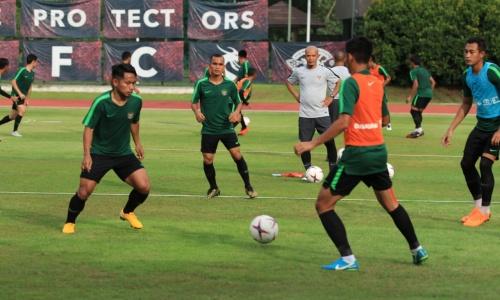 Pemain Indonesia Adaptasi di Latihan Perdana