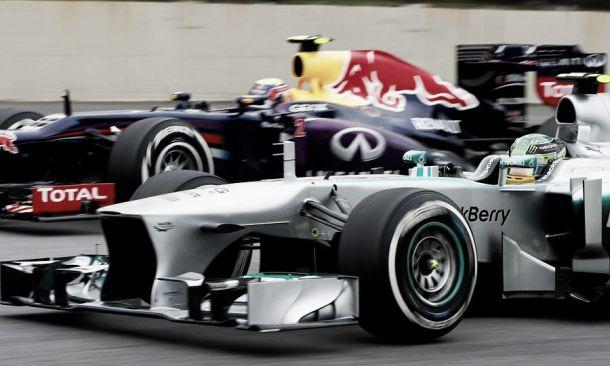 Mercedes continua a superiorizar-se à Red Bull