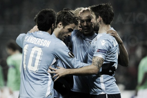 La Lazio pareggia 1-1 con il Saint Etienne, ma la testa è già alla Samp
