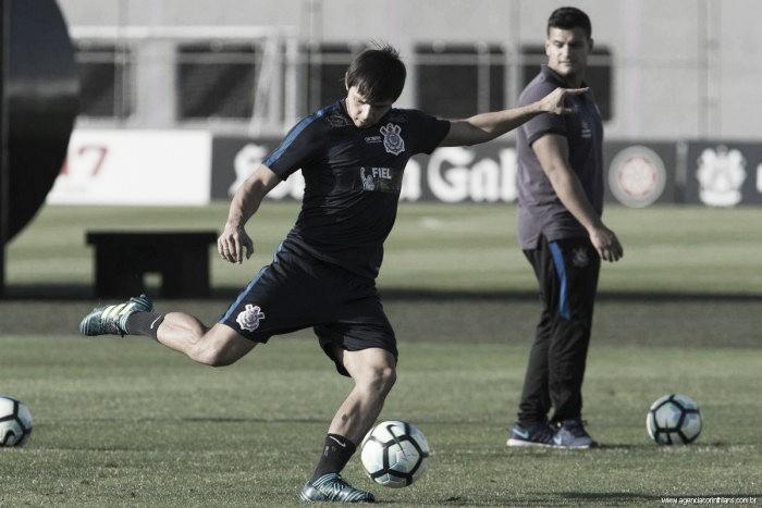 Romero deixa treino antes do fim e desfalca Corinthians contra Flamengo