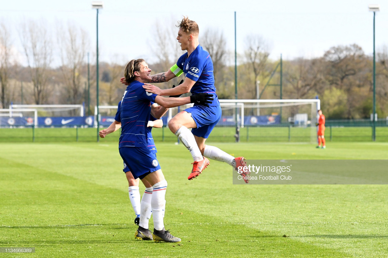 Chelsea youngster in advanced talks to leave permanently for London club