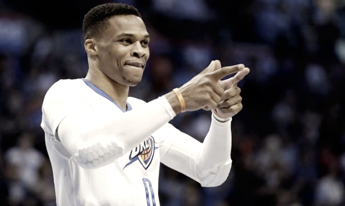 Nba - Westbrook morde, e gli Spurs crollano