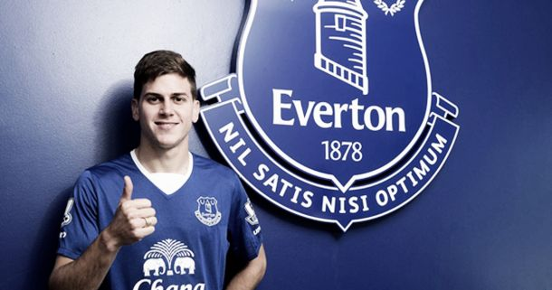 Everton complete signing of Leandro Rodriguez