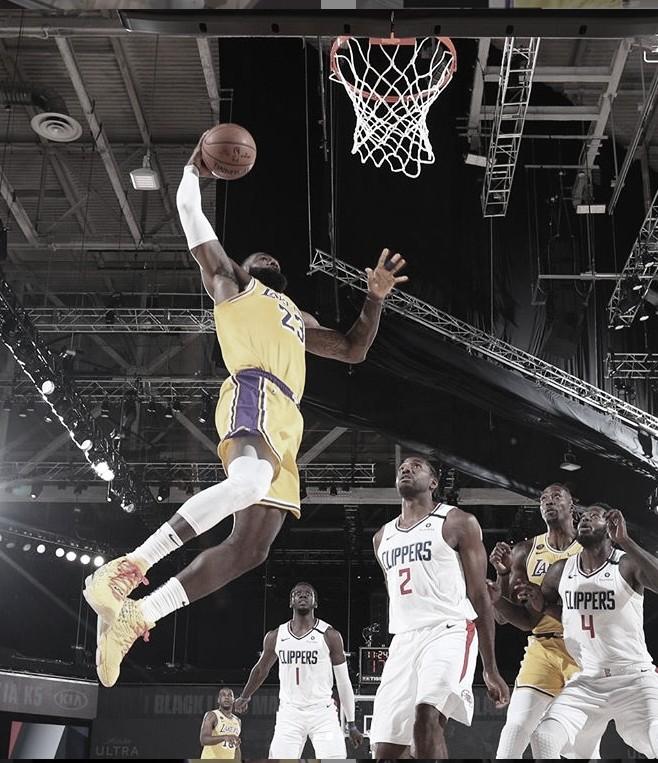 Resumen de la jornada NBA: el mejor baloncesto vuelve a lo grande