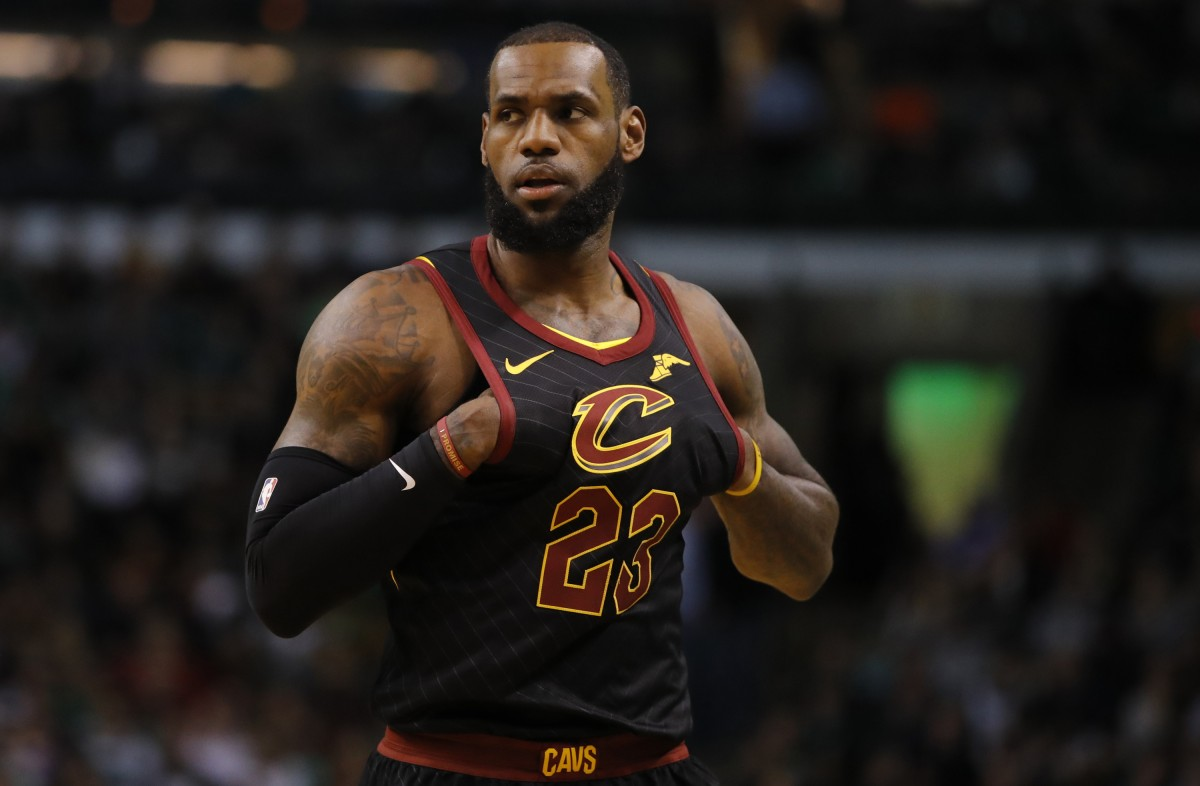 NBA - Ufficiale LeBron James è un 'Laker'