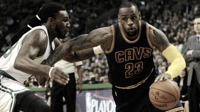NBA Playoff - In gara-5 non c'è storia: Cleveland vince 102-135 e vola alle Finals