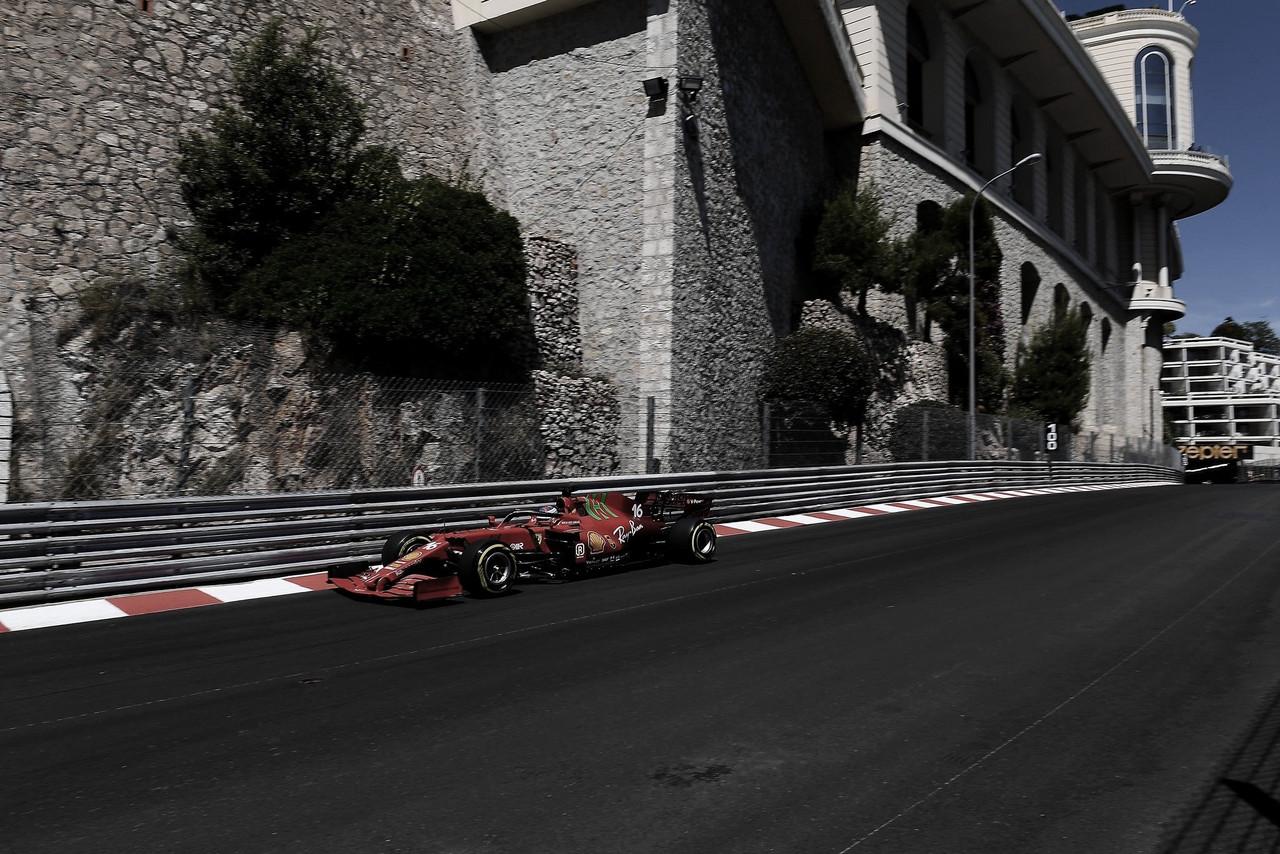 No primeiro dia de atividades, Ferrari domina segundo treino livre