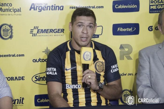 """Viene a Central a convertir muchos goles de cabeza y tiro libre"""