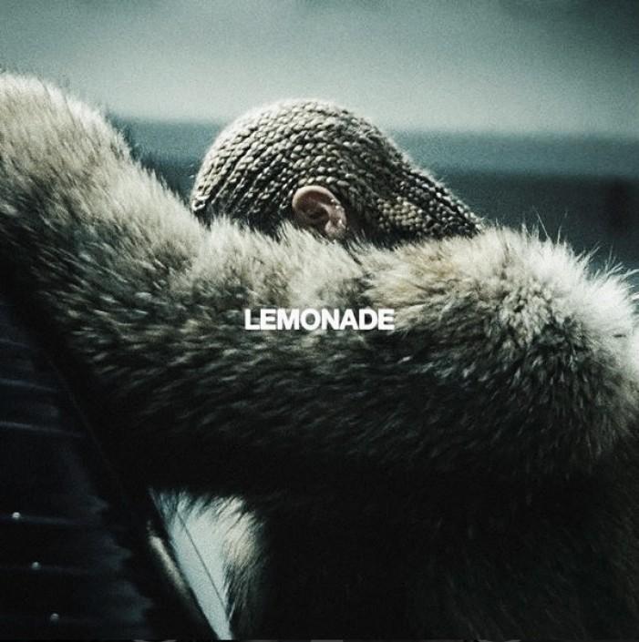 Beyoncé saca por sorpresa nuevo disco