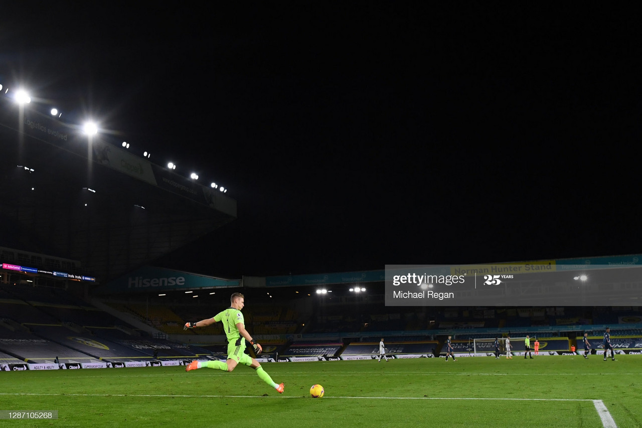 LEEDS, ENGLAND - NOVEMBER 22: Bernd Leno of Arsenal in action during the Premier League match between Leeds United and Arsenal at Elland Road on November 22, 2020 in Leeds, England. Sporting stadiums around the UK remain under strict restrictions due to the Coronavirus Pandemic as Government social distancing laws prohibit fans inside venues resulting in games being played behind closed doors. (Photo by Michael Regan/Getty Images)
