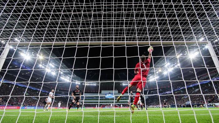 Champions League - Lloris salva il Tottenham nella trasferta di Leverkusen (0-0)