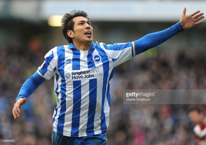 Leonardo Ulloa rejoins Brighton & Hove Albion on loan