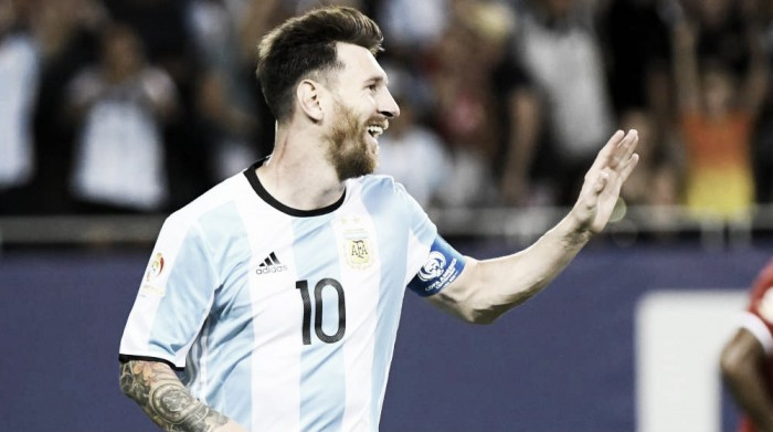 Copa America Centenario: Lionel Messi shines bright and helps Argentina defeat Panama 5-0