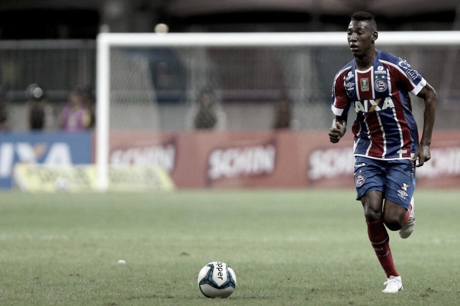 São Paulo avança nas negociações com lateral Léo, do Bahia