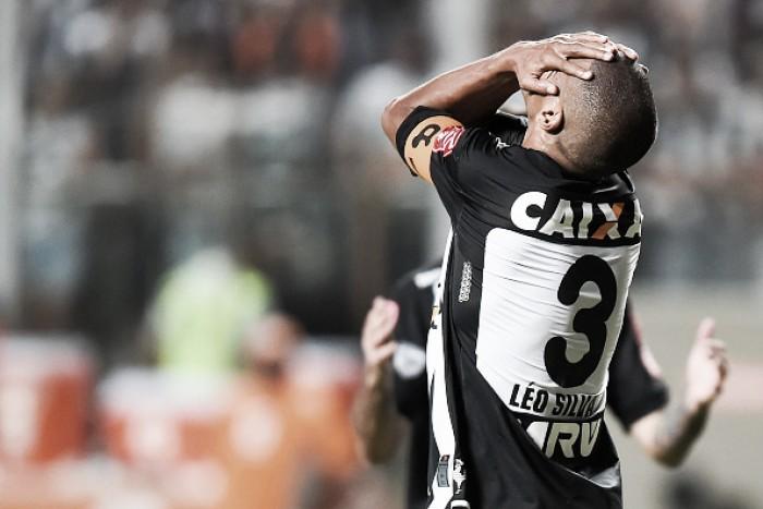 Léo Silva, Pratto e Robinho viram desfalques do Atlético-MG para enfrentar xará paranaense