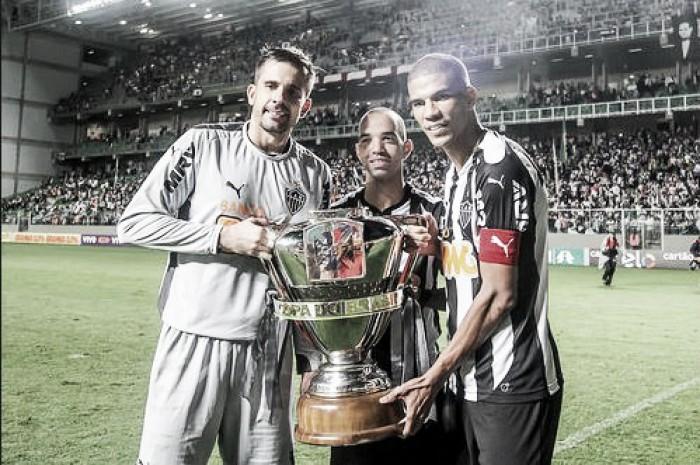 Presidente do Atlético-MG abre portas para Tardelli e garante Léo Silva e Donizete para 2017