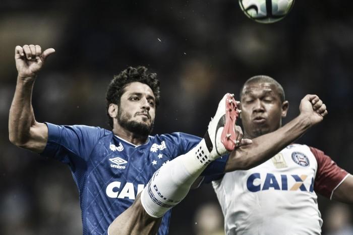 """Léo faz gol decisivo em triunfo do Cruzeiro e alcança marca no clube: """"Importante para mim"""""""