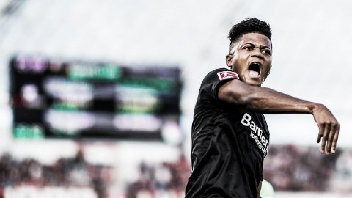 Destaque do Leverkusen, jamaicano Leon Bailey visa vice-campeonato da Bundesliga