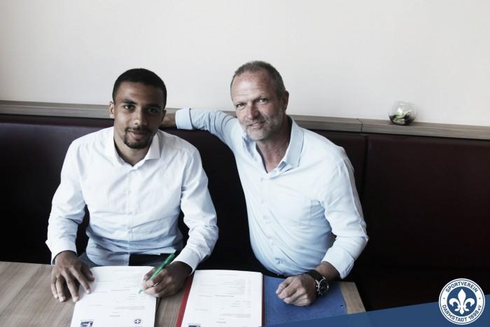 Darmstadt anunciou empréstimo de lateral Leon Guwara, junto ao Werder Bremen
